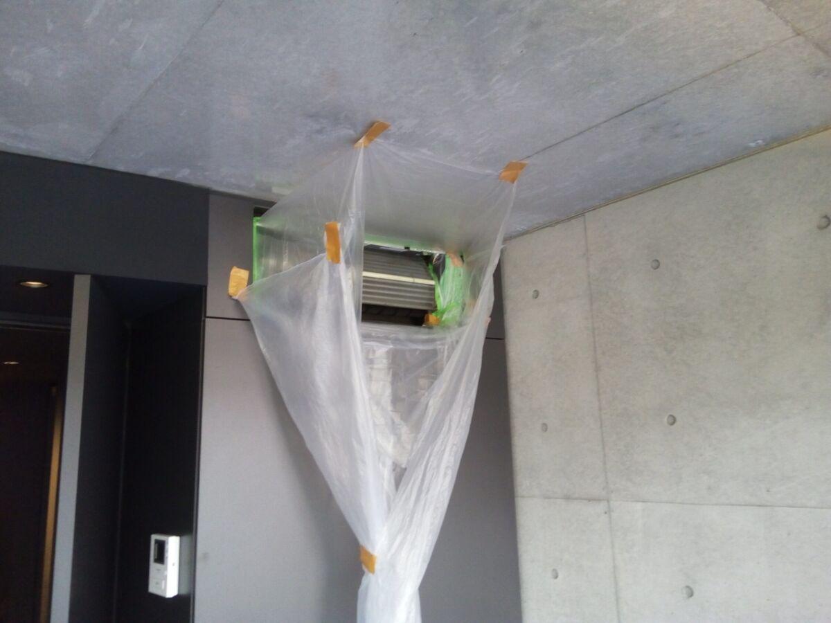 壁埋め込み型